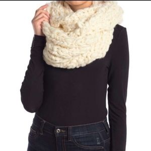 Free People Accessories - Free People Dreamland Infinity Chunky Knit Scarf